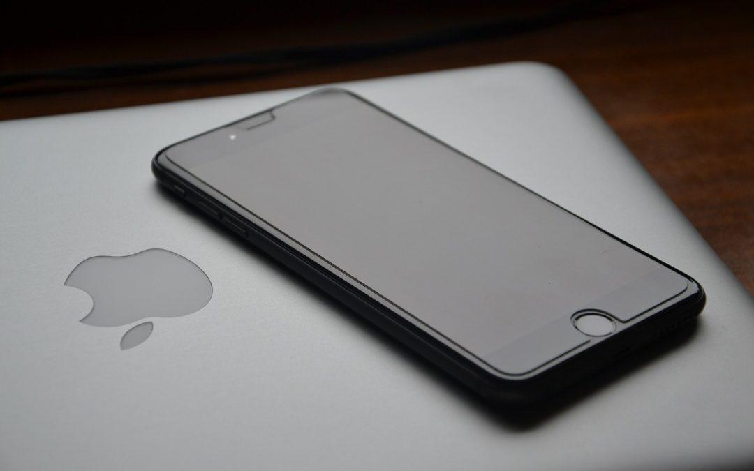 Apple priprema novi savitljivi telefon