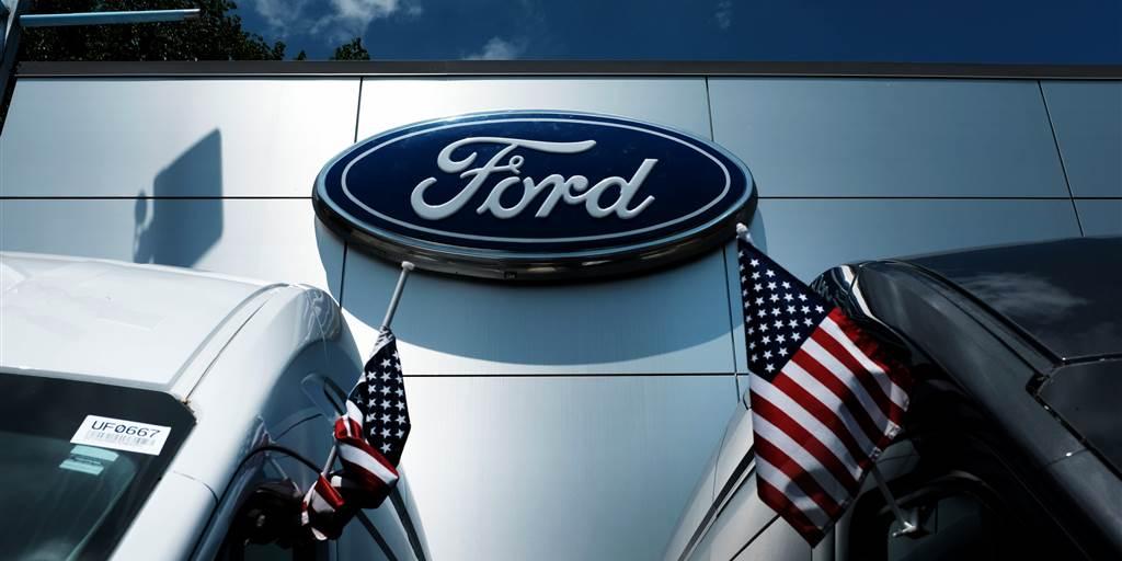 Ford povlači 617 000 vozila